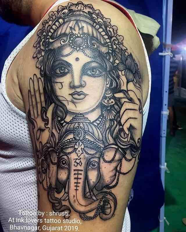 ink-lovers-tattoo-studio-bhavnagar-shoulder-lord-laxmi-compressed
