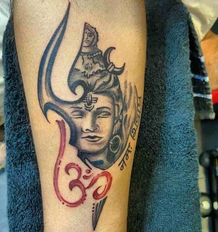 ink-lovers-tattoo-studio-bhavnagar-trident-compressed