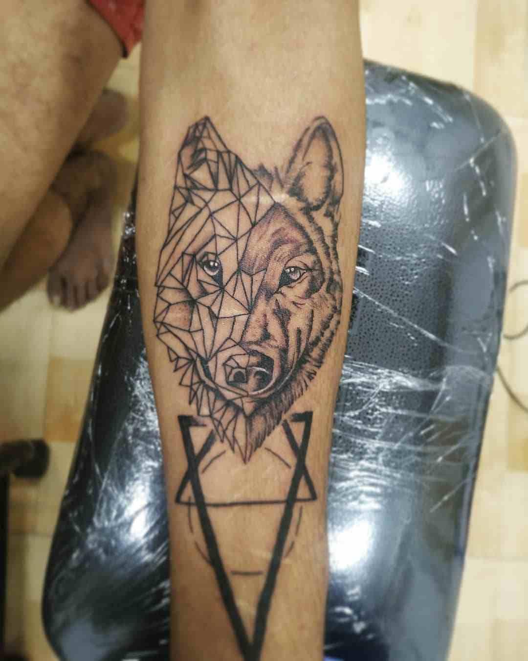 Signature Tattoo and Art's Institute