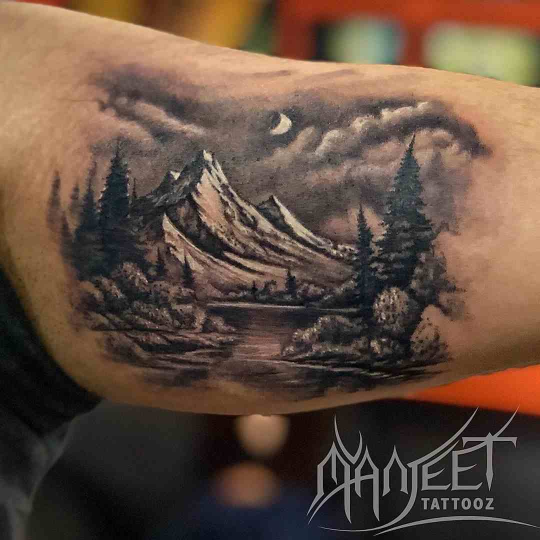 manjeet-tattooz-delhi-bisep=scenery