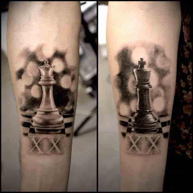 aliens-tattoo-mumbai-arm-couple-chess-king-queen