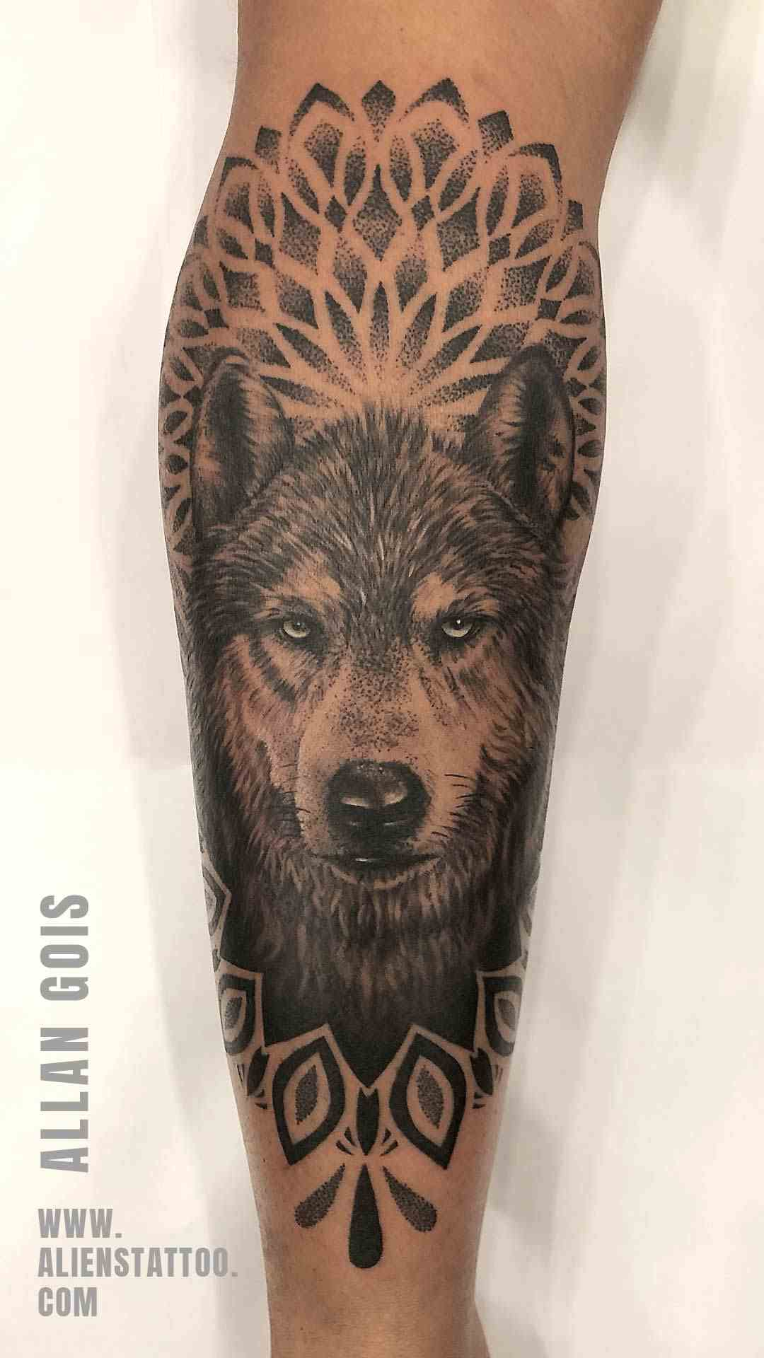 aliens-tattoo-mumbai-arm-cover-wolf