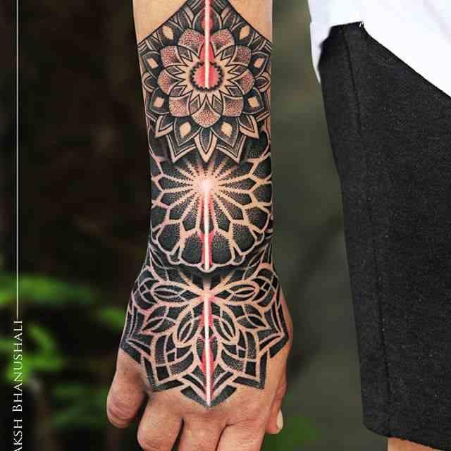 Boday-Canvas-tattoo-mumbai-beatiful-design