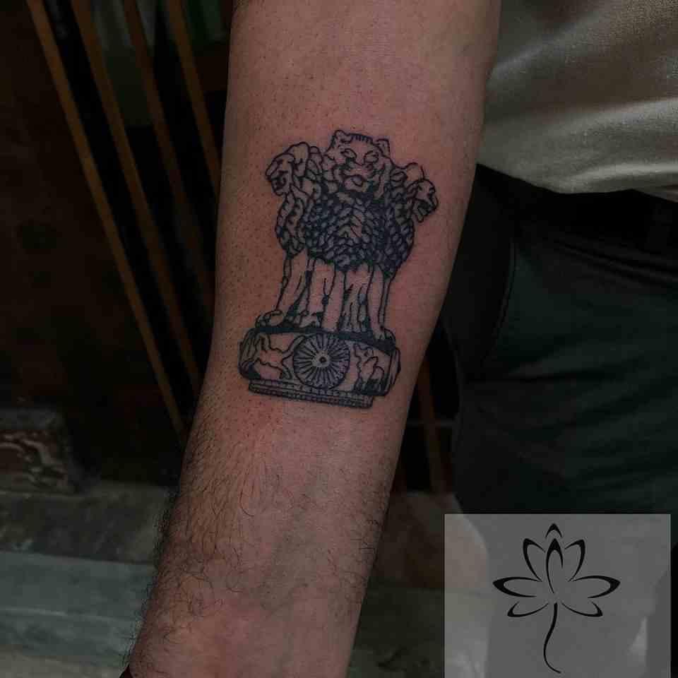 Ink-black-lotus-tattoos-nagpur-curreny-lion