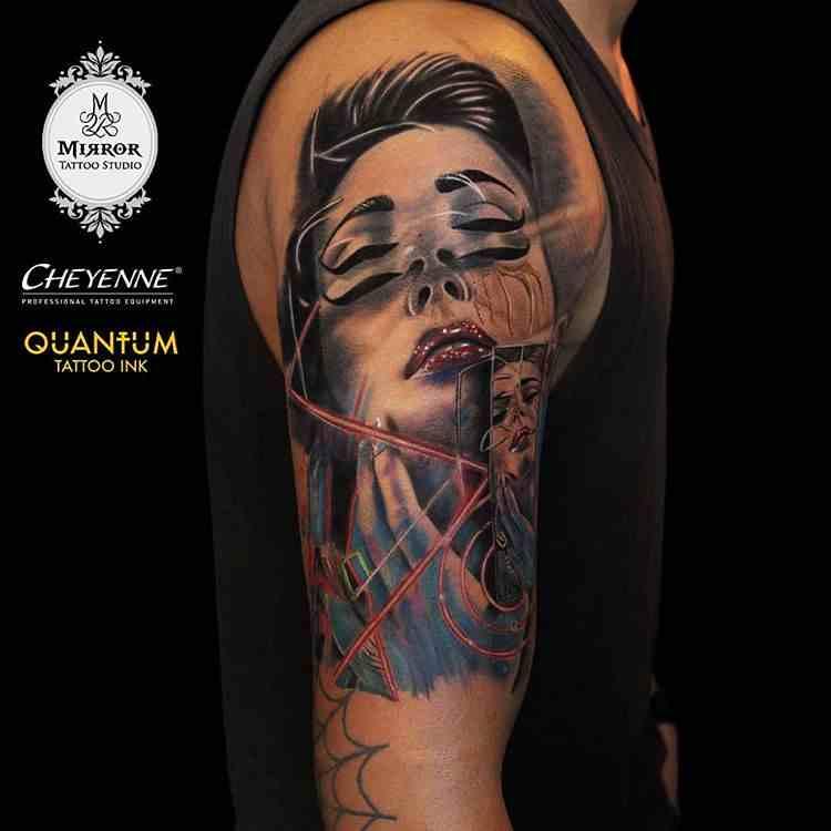 mirror-tattoos-nagpur-full-shoulder-girl-illusion