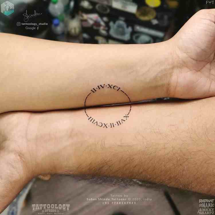 tattoology-tattoo-studio-vashi-hand-couple-tattoo