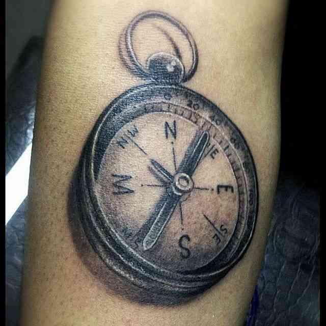 inklab-tattoo-pune-compass