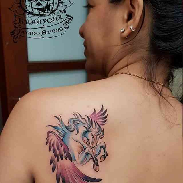 kraayonz-tattoo-studio-pune-back-horse