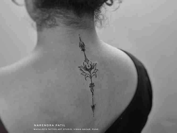 moulee-tattoo-studio-pune-back-abstract-design