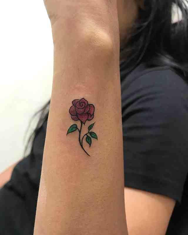 pixel-tattoo-surat-color-red-rose